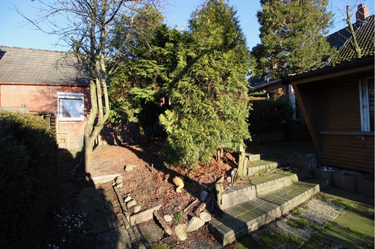 Vorschau von Garten mit Schuppen