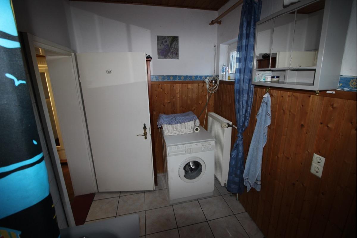 Vorschau von Bad + Waschmaschine