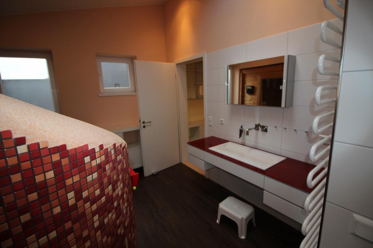 Vorschau von Bad mit direktem Zugang Schlafzimmer