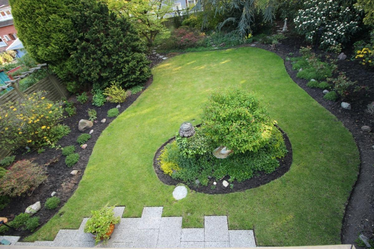 Vorschau von Blick Balkon Garten